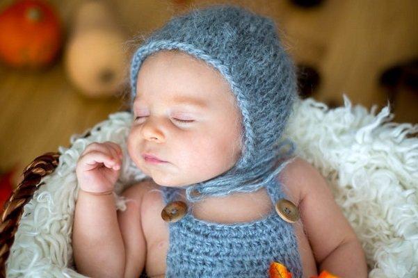 نوزادی با 3 والد در یونان به دنیا آمد