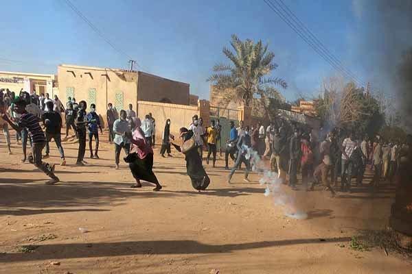 8 زخمی در تیراندازی به تظاهرات کنندگان در خارطوم