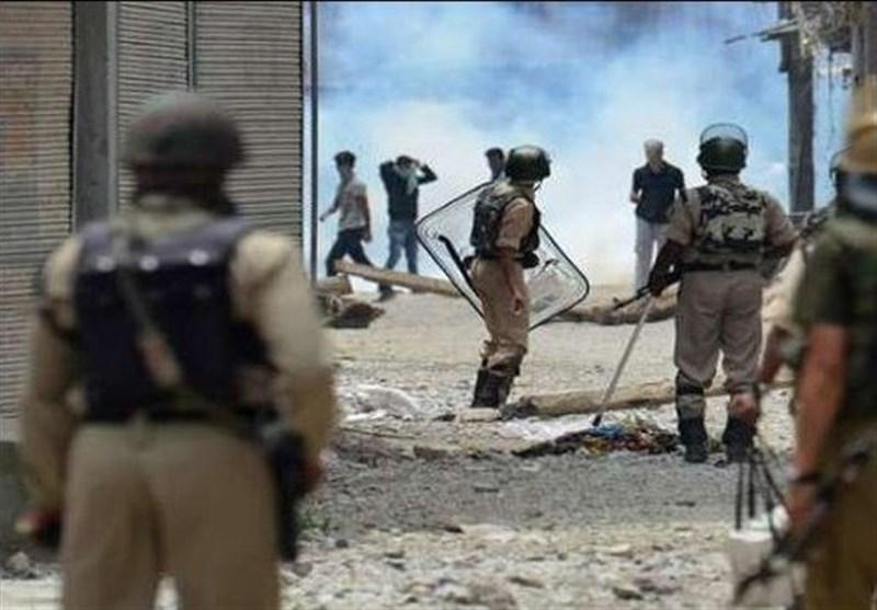 حمله نظامیان هندی به معترضان کشمیری 100 زخمی برجای گذاشت