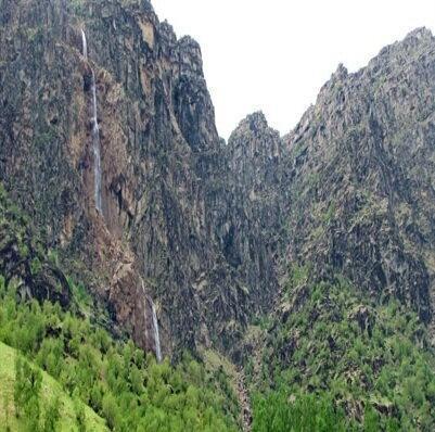 موافقت با 6 اثر تاریخی طبیعی لرستان برای ثبت در فهرست آثار ملی کشور