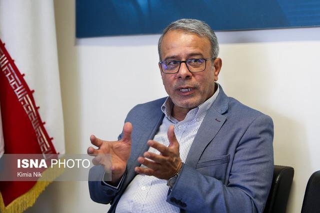 کیانوش راد: دولت در دوسال باقی مانده قانون را در تمام حوزه ها اجرا کند