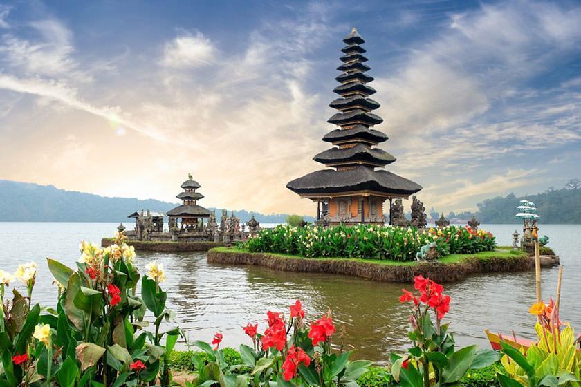گردش یک روزه در جزیره زیبای بالی اندونزی