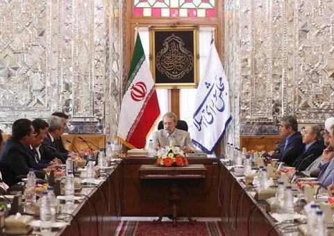 لاریجانی: ظرفیت های زیادی برای همکاری مالی میان ایران و اندونزی وجود دارد