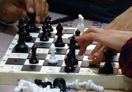 پیروزی تیم شطرنج نوجوانان در گام نخست