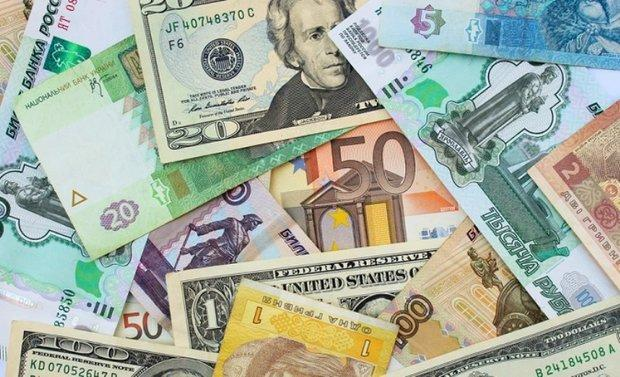 فرایند کاهشی نرخ رسمی یورو و پوند، قیمت 10 ارز ملی ثابت ماند