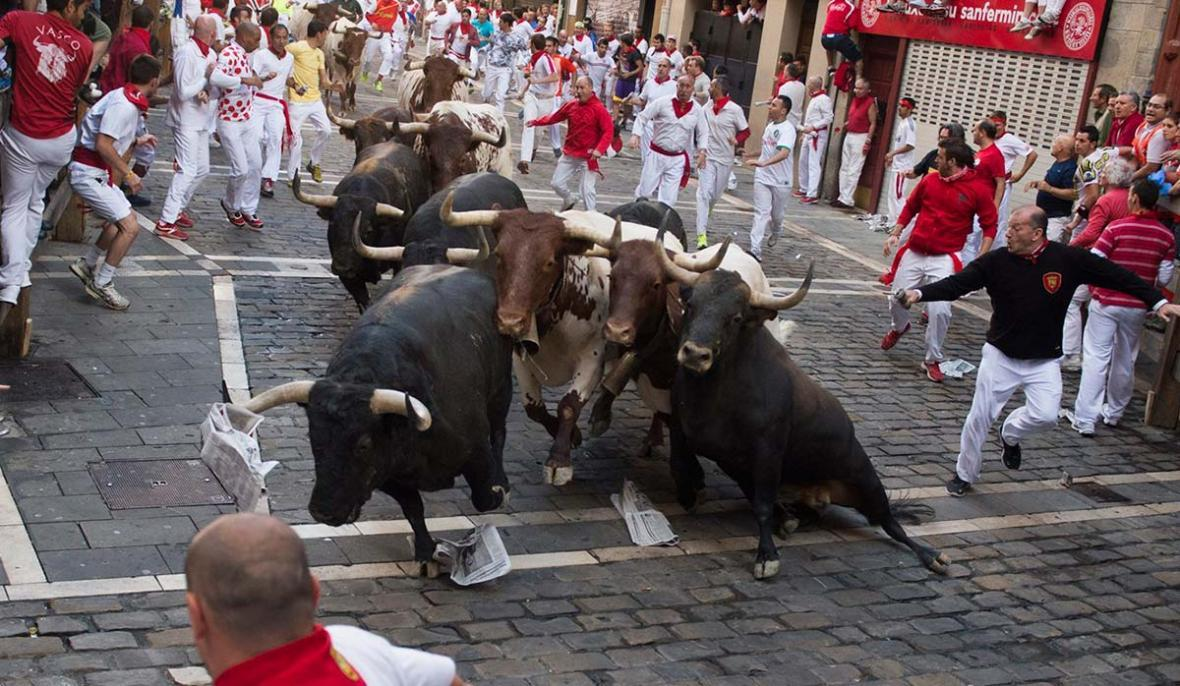 مسابقات گاوبازی (سنت فرمین) در اسپانیا