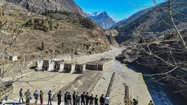کشته های ریزش یخچال طبیعی در هند به 26 نفر رسید