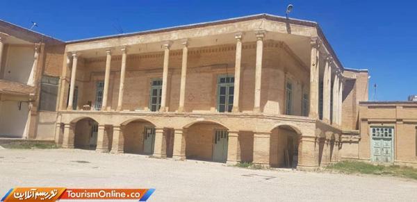 شروع بازسازی بنای تاریخی هلال احمر تکاب